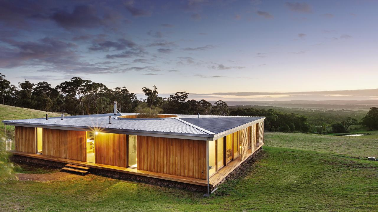 There's more than meets the eye at this strikingly simple home outside Ballarat, including a surprising centre that lets you see the sky above.