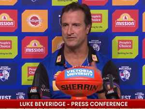 Cranky AFL coach scorches reporter