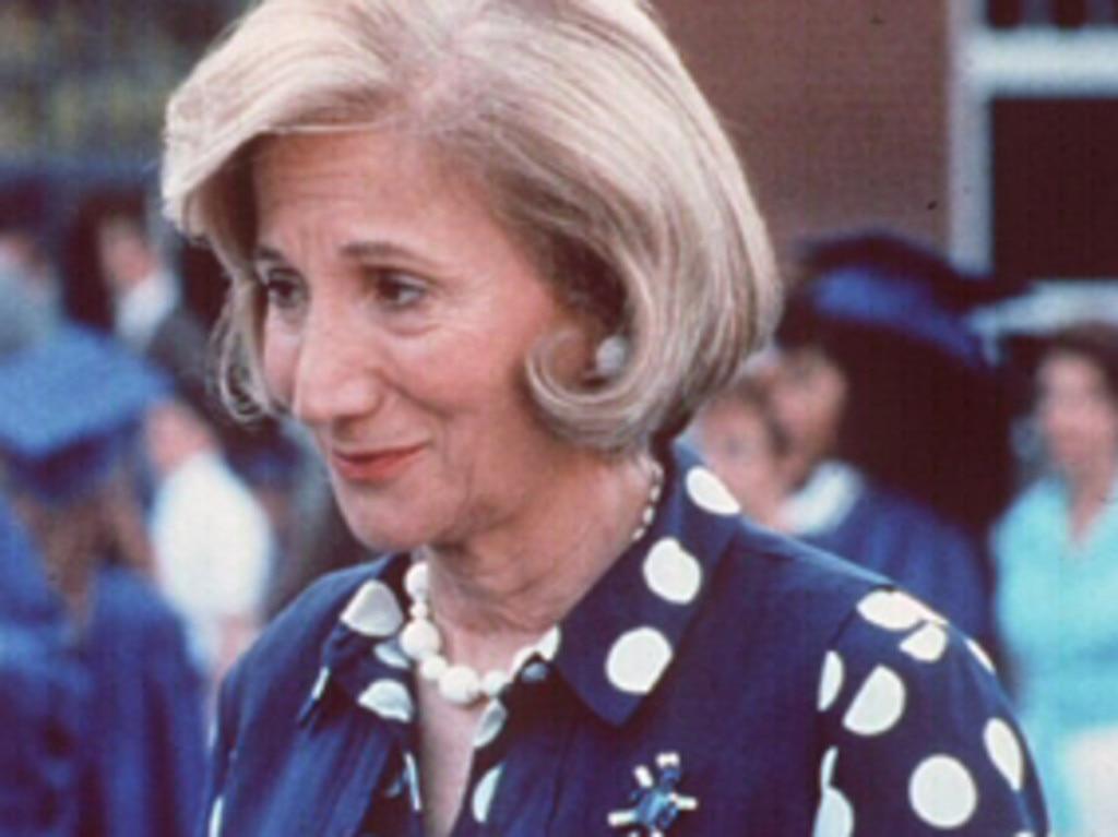 She won an Oscar for her performance in Moonstruck in 1987, where she starred alongside singer Cher. hollands /Films/Titles/Mr/Hollands/Opus
