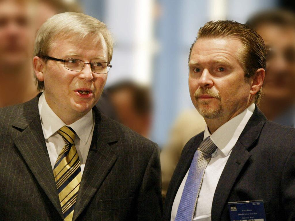 Kevin Rudd with his brother Greg Rudd. Picture: Rob Maccoll