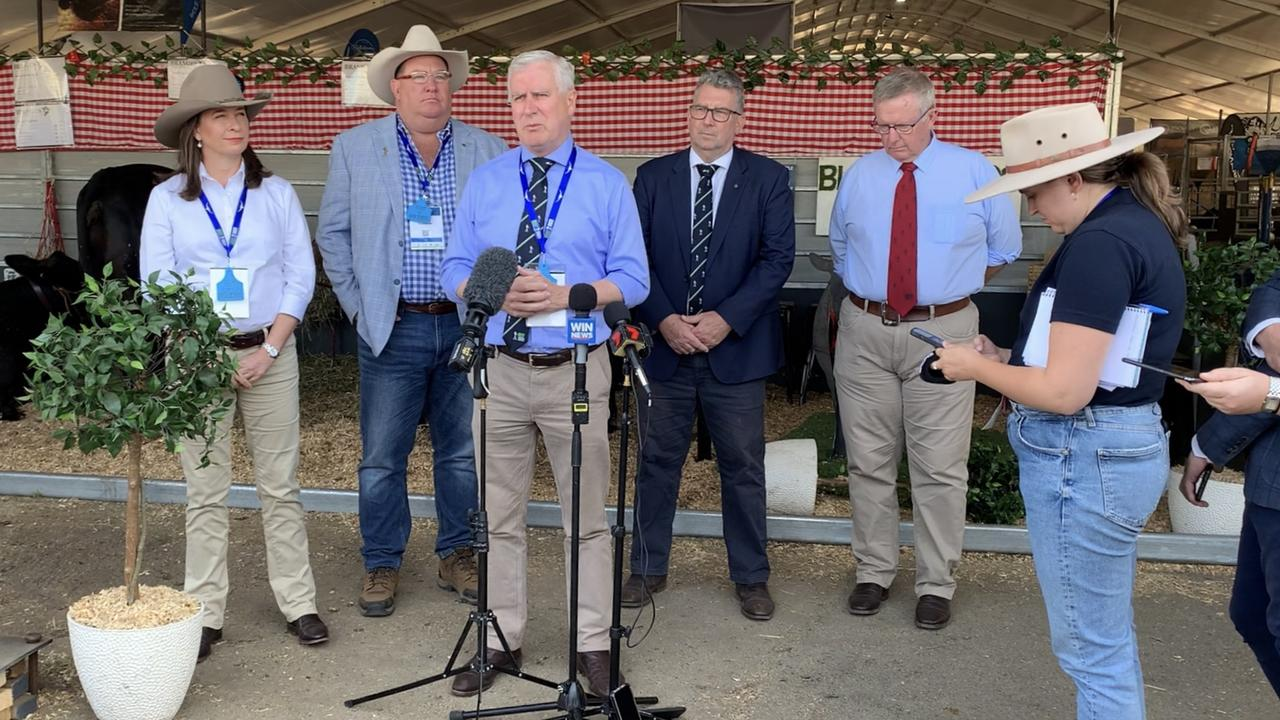 The federal government addressing a press conference at Beef Australia in Rockhampton. (From left) Susan McDonald, Scott Bucholz, Michael McCormack, Keith Pitt, Mark Coulton.
