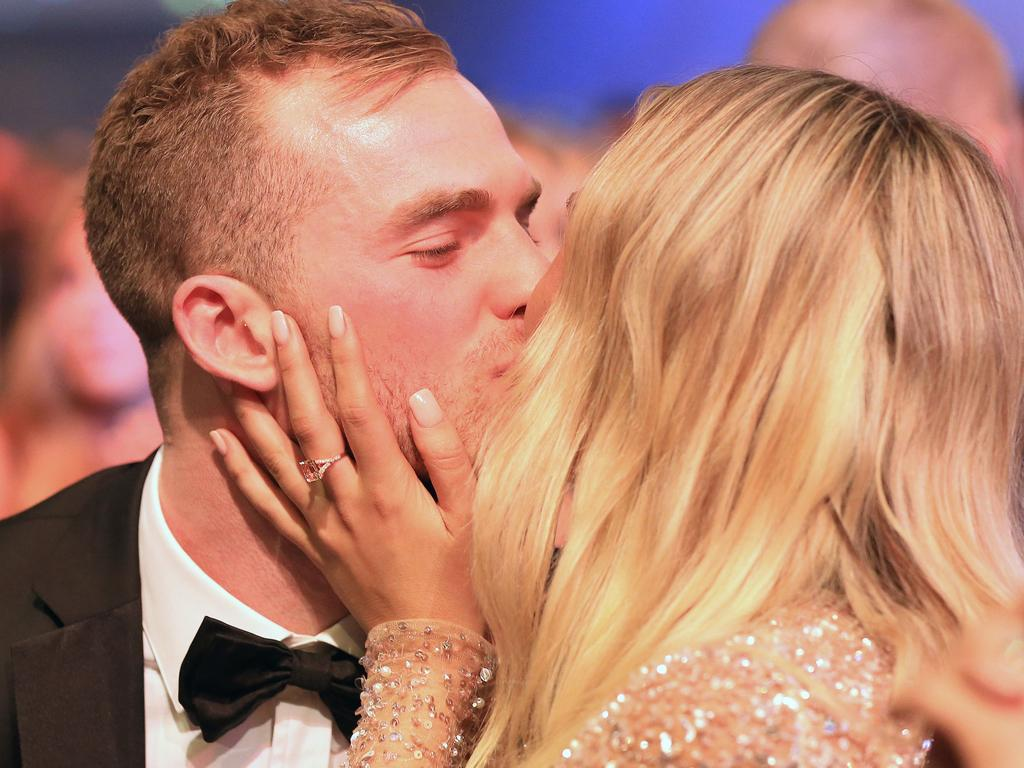 2018 AFL Brownlow Medal Vote Count at Crown Palladium. Tom Mitchell from Hawthorn wins the Brownlow and kisses Hannah Davis. Picture: Mark Stewart