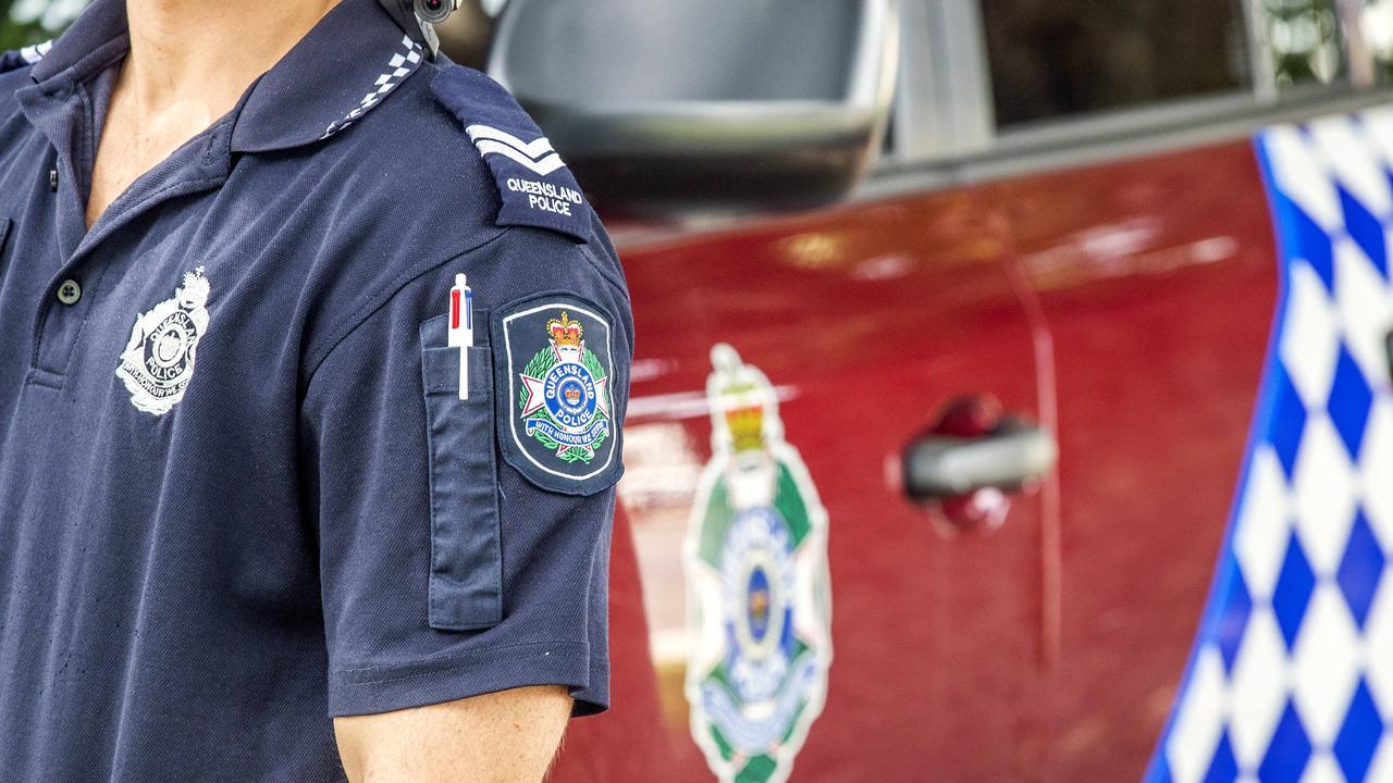 Patrolling police stumbled across a blokes bonking not far away from a popular Townsville beach.