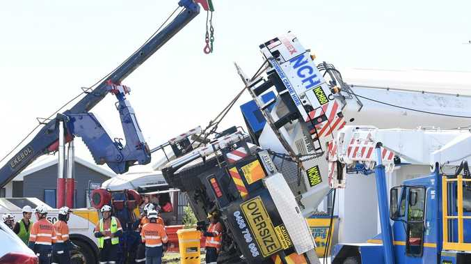 Crashed crane back on its wheels after epic operation