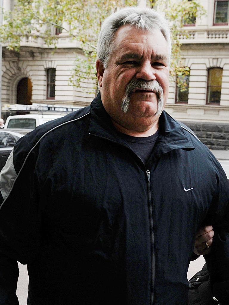 "Peter ""Skitzo Hewat"" outside Melbourne Supreme Court. Picture: Ellen Smith"