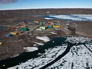 Antarctic runway project plan under fire