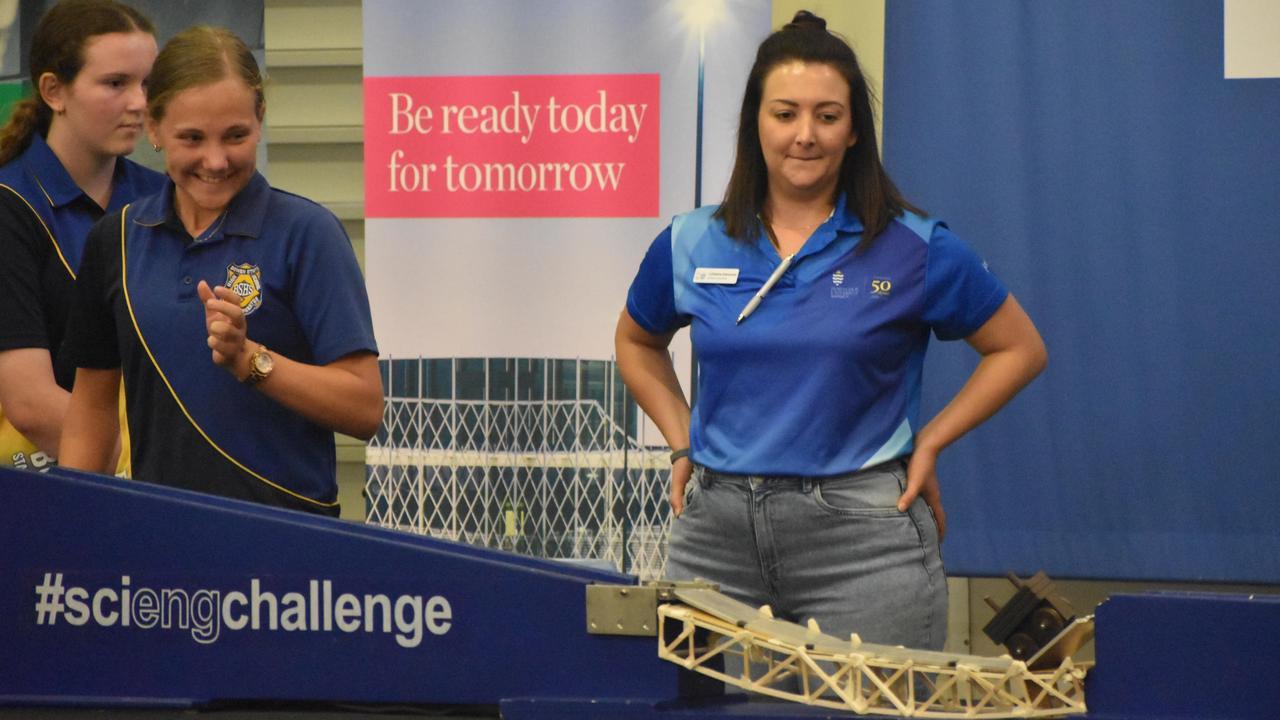 Students test their bridge at the JCU Challenge, 2021. Picture: Matthew Forrest