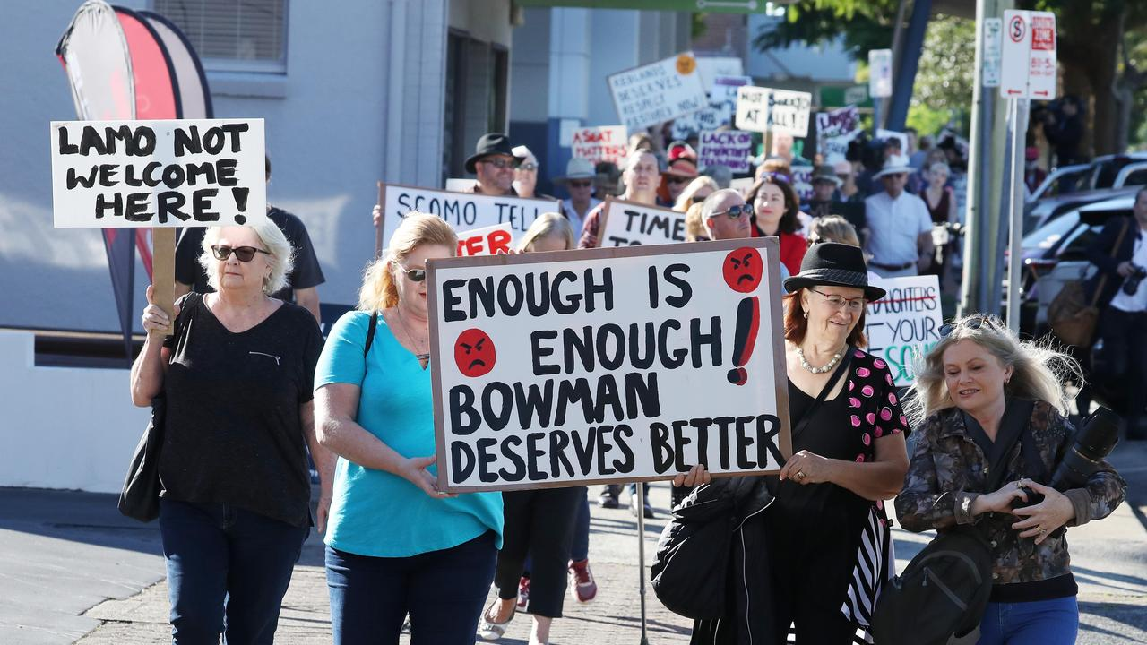 Protesters outside Andrew Laming's office. Picture: Annette Dew