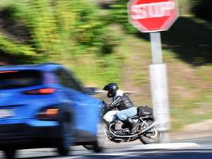 60 drivers in 3 hours: Motorists flout rules at intersection