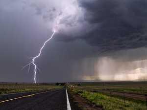 Lightning strikes leave thousands in the dark