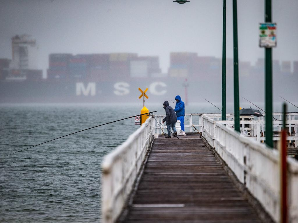 Melbourne will reach a chilly top of 13C after an overnight low of 8C on Saturday. Picture: NCA NewsWire/Sarah Matray