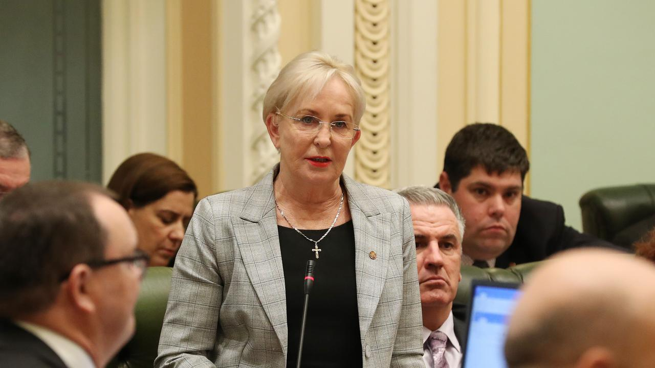 Shadow Health Minister Ros Bates will fly into Rockhampton today to investigate the declining state of hospitals in the region after patient ramping stats were revealed.
