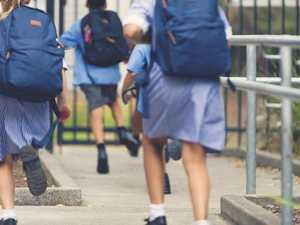School threatens to call cops on late parents