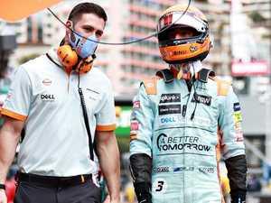 Ricciardo rocked: 'I refuse to believe it'
