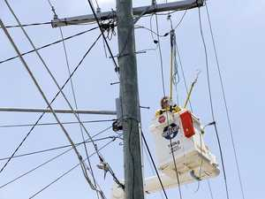 10,000 Noosa homes, business lose power after 'explosions'