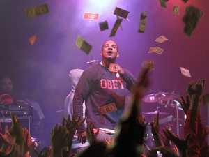 Rapper fined $500,000 over  Aussie tour no show