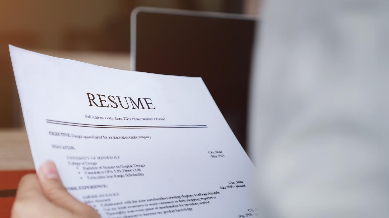 As Australia's unemployment rate drops to a record low, job ads have once again surpassed a major milestone that will have job seekers cheering.