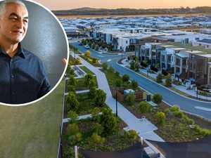 Councillor calls for new 'cities' to save coast lifestyle