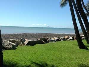 Mackay homeowners apply to buy public beachside space
