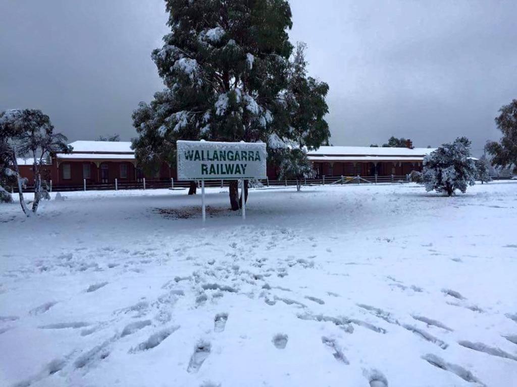 Snow at Wallangarra in 2015.