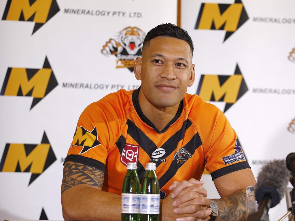 Israel Folau wants back in rugby league.
