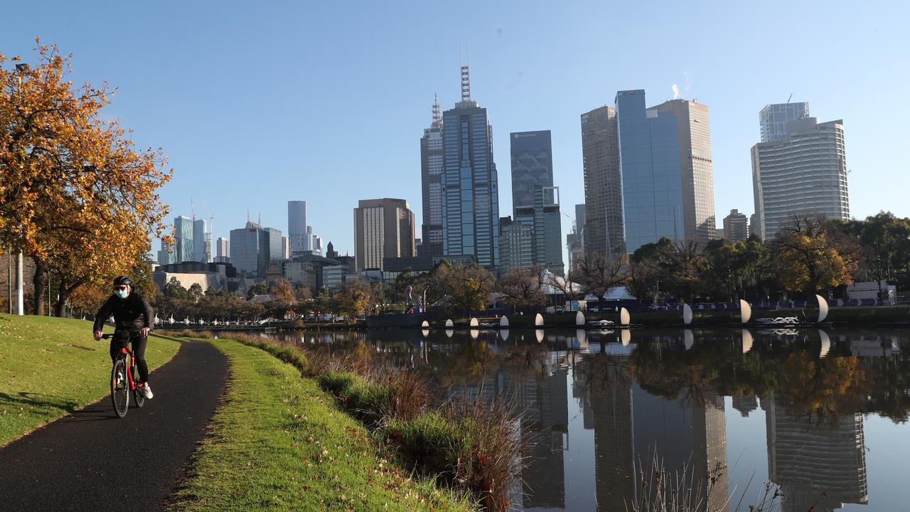 It will be a cold start for Melbourne on Saturday morning. Picture: David Crosling / NCA NewsWire