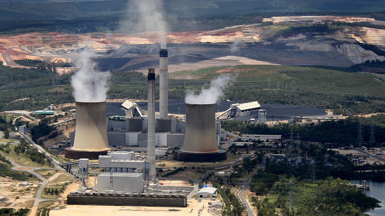 Queensland lags the nation in cutting Co2 emissions despite the government commissioning at least five reports to progress towards net zero.