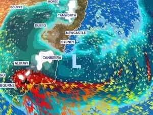 'Dangerous' weather to smash Australia