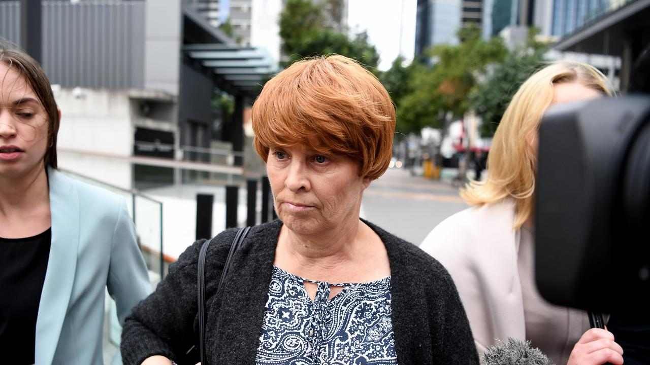 Julene Thorburn put on a wig before leaving court. Picture: NCA NewsWire / Dan Peled