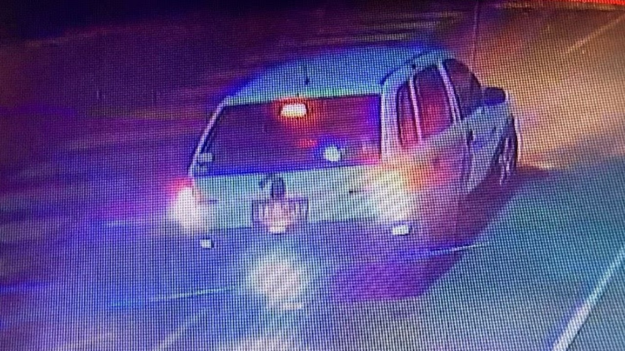 The pair fled in a Holden Barina.