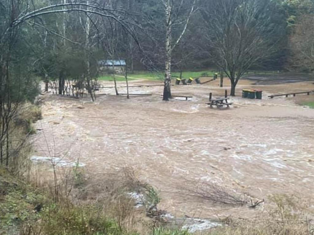 Flood waters rise at Walhalla. Picture: Joban Randhawa