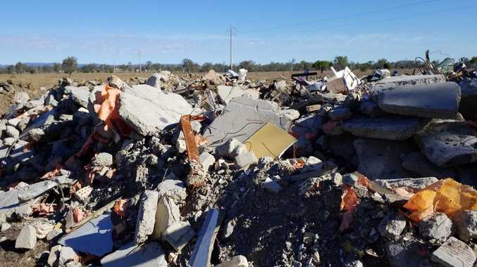 CQ demolition company dumps waste on cattle property