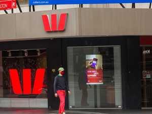 Aussie banks, Virgin hit by online crash