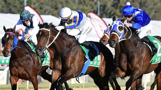 Ipswich jockey in exciting home track finish
