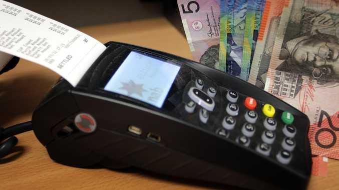 Cunning customer 'tweaks eftpos machine' for big discount