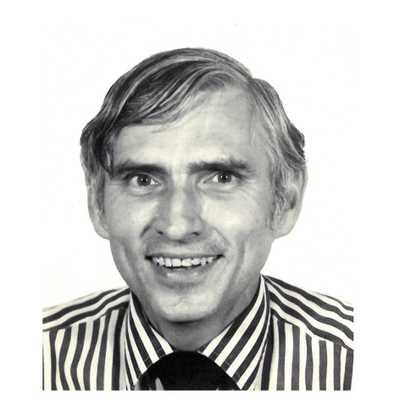 Dr Kevin Walter Vandeleur
