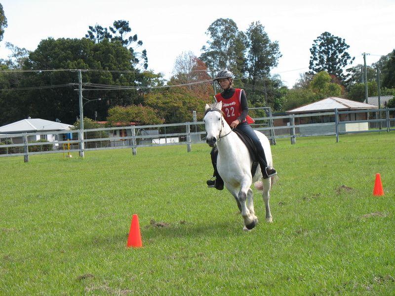 Lisa-Marie Porter riding 'Remington Steele'