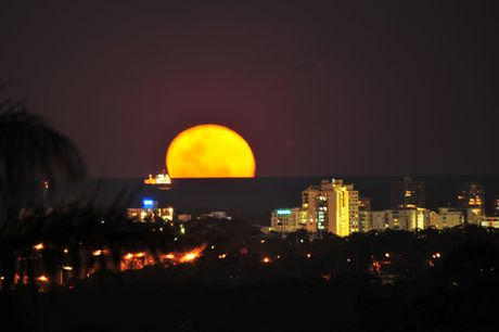 Supermoon over Mooloolaba