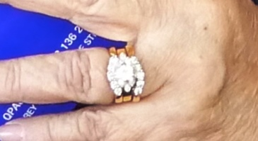 Pensioner's wedding rings stolen