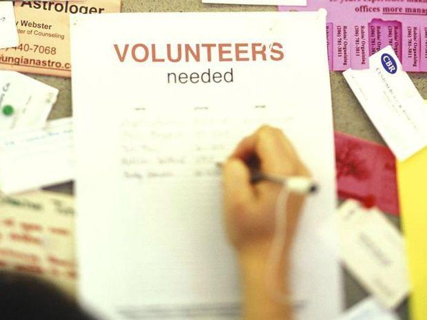 Volunteers prove generosity is naturally healthy