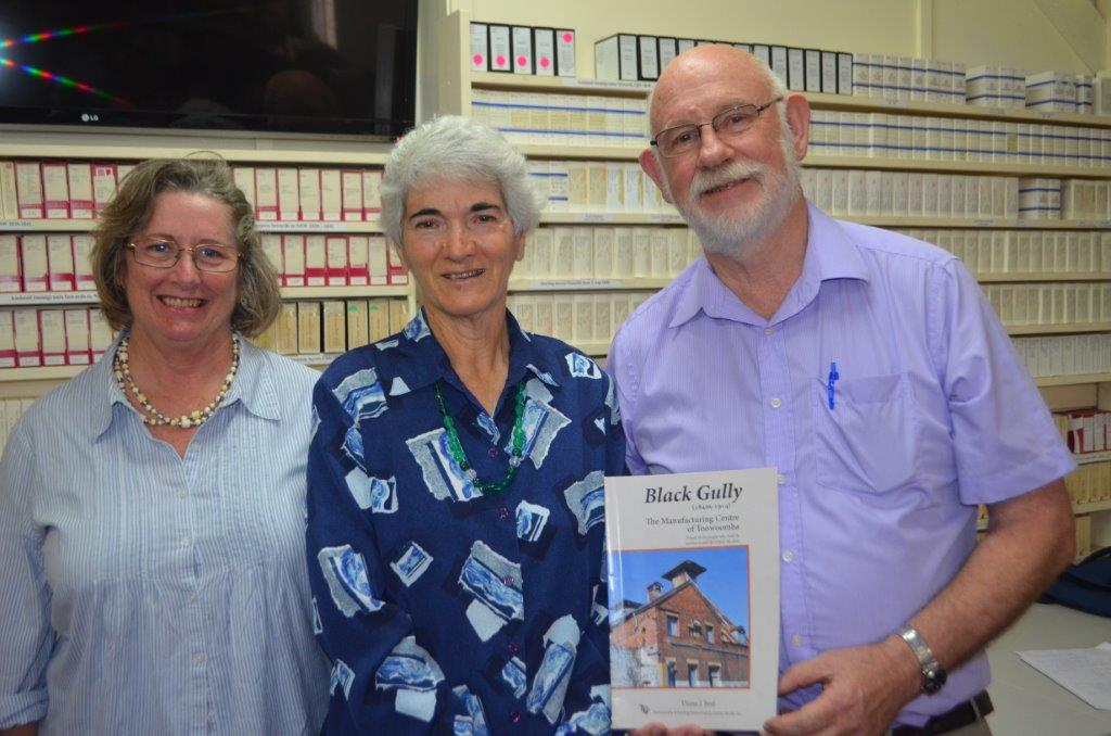 (From left) Mrs Helen Hancock, who did the layout of the book, author Diana Beal and Emeritus Professor Maurice French.
