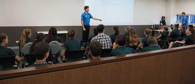 NDSHS students visit USC