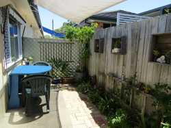 This 2 bedroom unit is conveniently located in the centre of Woolgoolga.  A short stroll will have...