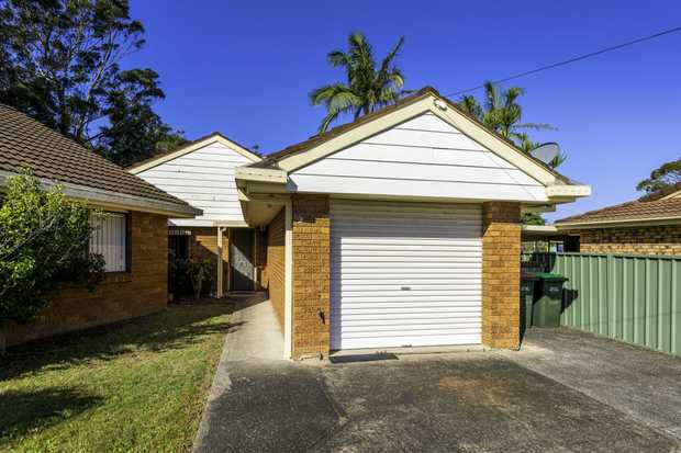 This single level, 2-bedroom villa is backing Woolgoolga Creek and offers a flat walk to the beach...