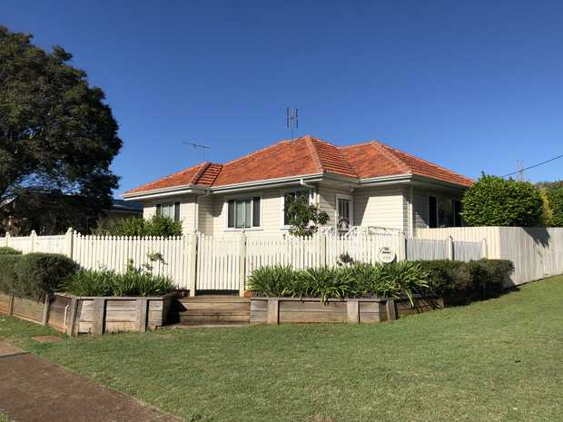 Beautifully renovated & air conditioned 4 bedroom home with polished timber floors and ornate plastered...