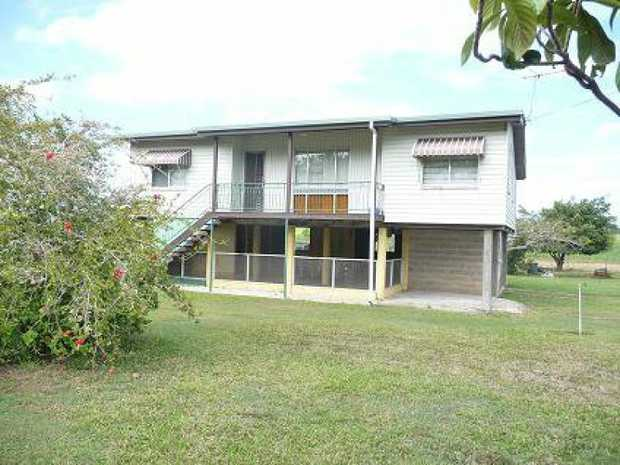 This property is located within a five minute drive of Walkerston and twenty minutes of Mackay.