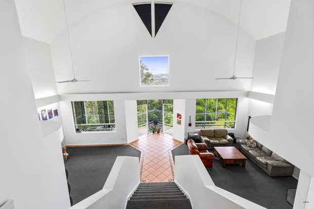 As soon as you walk into this massive Koala Park home you will be blown away by its grandeur, views and...