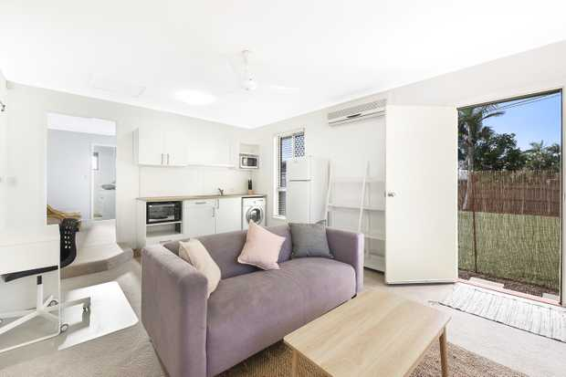 ** Available Now **  - Fully Furnished - Air Conditioning  - Security Screens on All Windows - No...