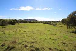:: Beautiful views over valleys and farmland