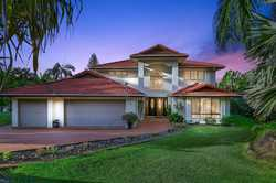 DUAL OCCUPANCY  The perfect location, 10 mins to the coast's shops and beaches and 5 mins to Nambo...